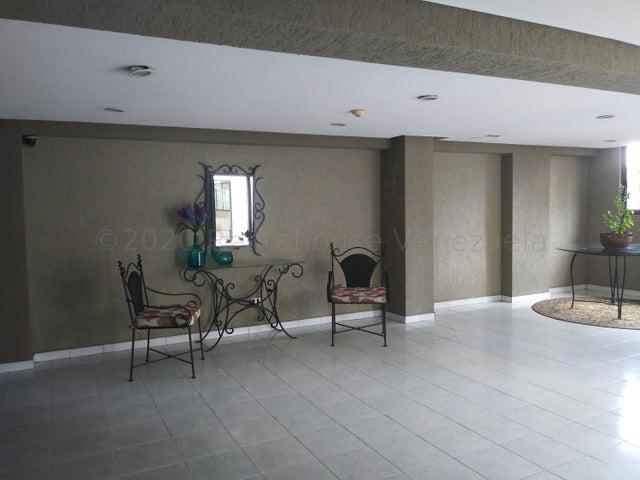 Apartamento Carabobo>Valencia>Los Mangos - Venta:26.500 Precio Referencial - codigo: 21-5645