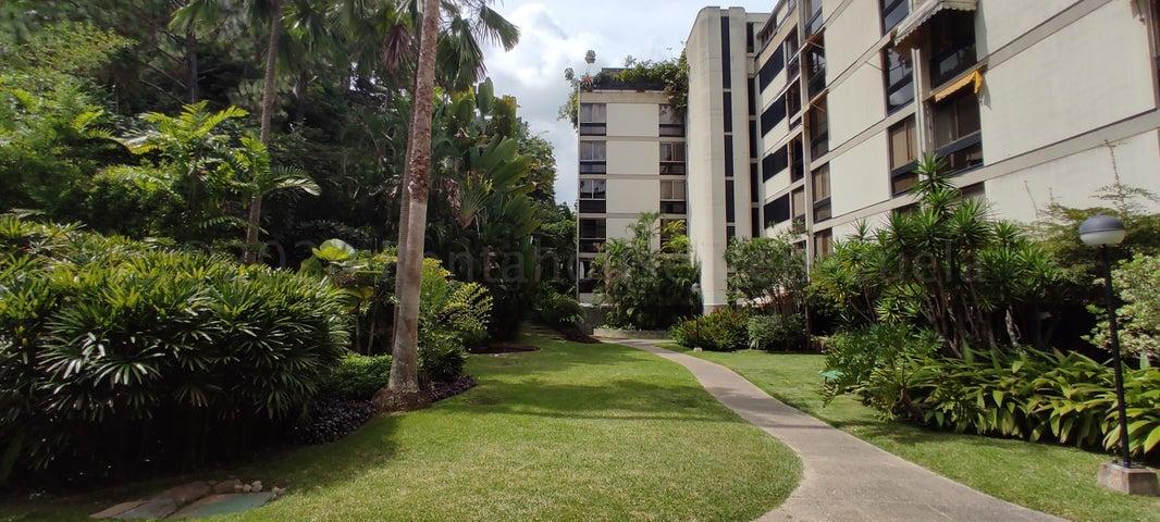 Apartamento Distrito Metropolitano>Caracas>Chulavista - Venta:170.000 Precio Referencial - codigo: 21-5719