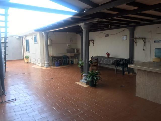 Casa Falcon>Punto Fijo>Santa Fe - Venta:150.000 Precio Referencial - codigo: 21-5720