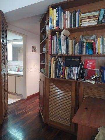 Apartamento Distrito Metropolitano>Caracas>Miranda - Venta:160.000 Precio Referencial - codigo: 21-5762