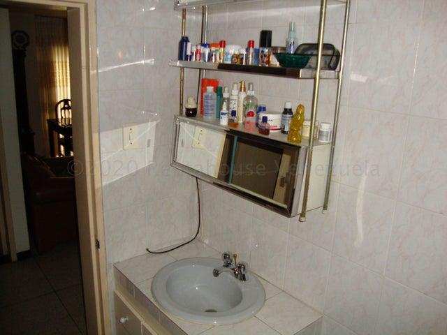 Apartamento Distrito Metropolitano>Caracas>Parroquia Altagracia - Venta:20.000 Precio Referencial - codigo: 21-5808
