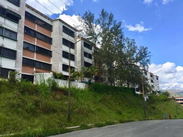 Apartamento Miranda>Los Teques>Parque Residencial La Quinta - Venta:25.000 Precio Referencial - codigo: 21-5979