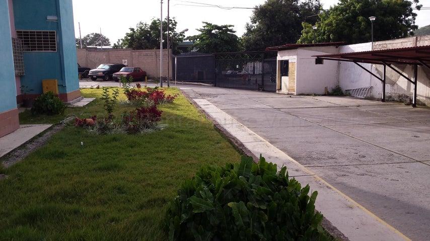 Apartamento Lara>Barquisimeto>Patarata - Venta:19.000 Precio Referencial - codigo: 21-5880