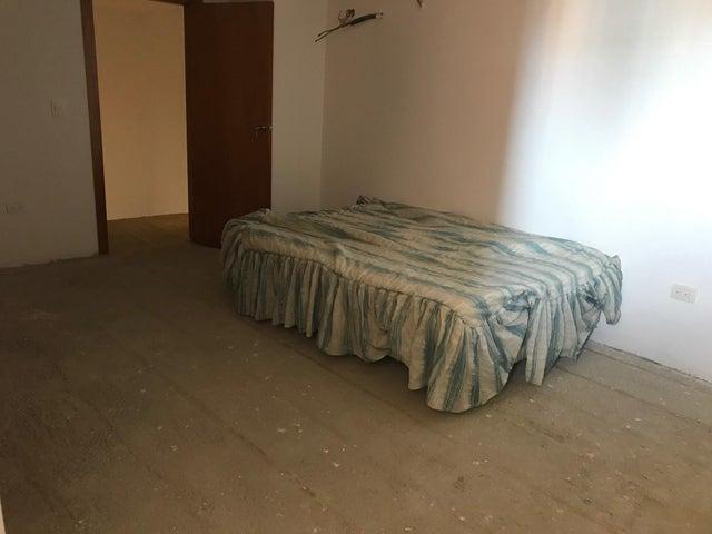 Apartamento Distrito Metropolitano>Caracas>La Tahona - Venta:256.000 Precio Referencial - codigo: 21-6039