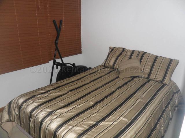 Apartamento Distrito Metropolitano>Caracas>La Bonita - Venta:68.000 Precio Referencial - codigo: 21-6083