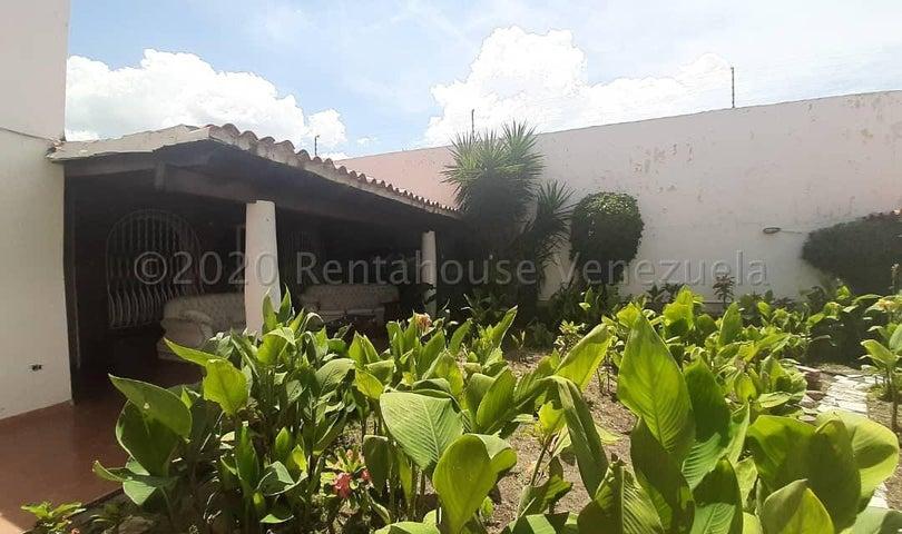 Casa Lara>Barquisimeto>Santa Elena - Venta:128.000 Precio Referencial - codigo: 21-6090