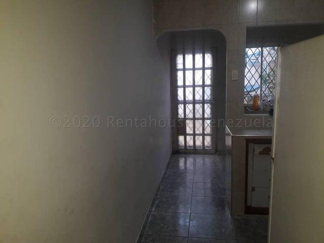 Casa Zulia>Maracaibo>Los Modines - Venta:11.800 Precio Referencial - codigo: 21-6107