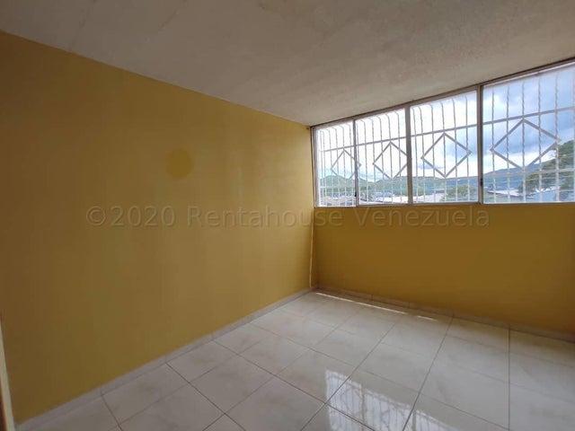 Apartamento Aragua>Cagua>Carretera Nacional - Venta:14.000 Precio Referencial - codigo: 21-6105