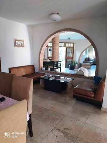 Casa Lara>Barquisimeto>Santa Elena - Venta:200.000 Precio Referencial - codigo: 21-6243