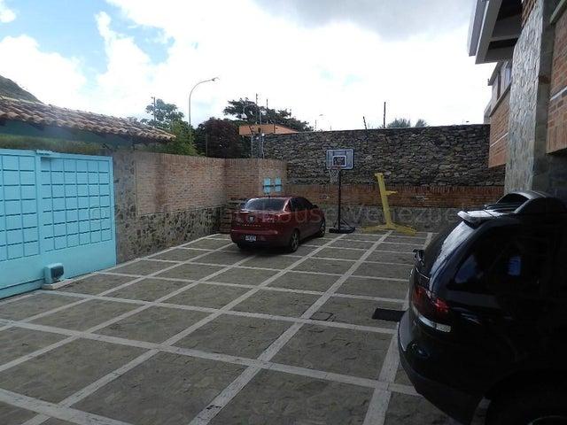 Casa Distrito Metropolitano>Caracas>Loma Linda - Venta:530.000 Precio Referencial - codigo: 21-6274
