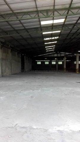 Negocios y Empresas Distrito Metropolitano>Caracas>Mariche - Venta:2.000.000 Precio Referencial - codigo: 21-6288