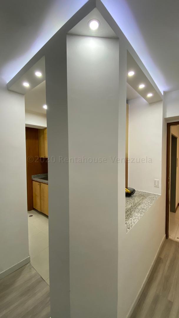 Apartamento Distrito Metropolitano>Caracas>La Trinidad - Venta:65.000 Precio Referencial - codigo: 21-6337