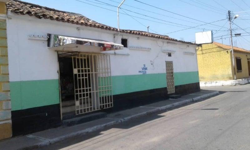 Local Comercial Lara>Duaca>Municipio Crespo - Venta:70.000 Precio Referencial - codigo: 21-6438