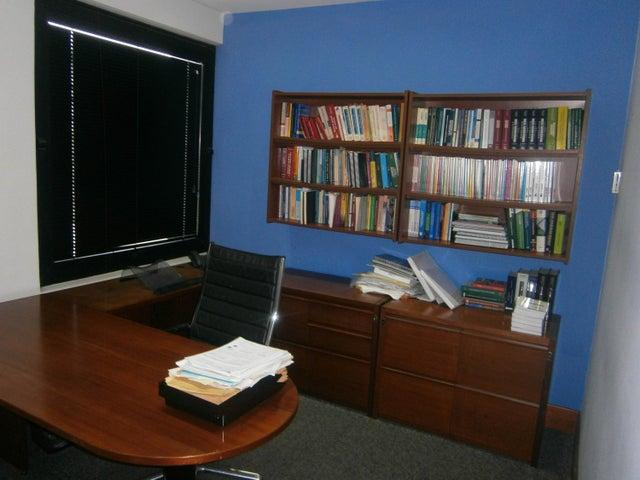 Oficina Carabobo>Valencia>El Recreo - Venta:45.000 Precio Referencial - codigo: 21-6564