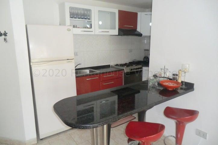 Apartamento Miranda>Guatire>El Ingenio - Venta:13.900 Precio Referencial - codigo: 21-6755