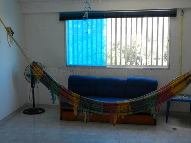 Apartamento Vargas>Parroquia Caraballeda>Caribe - Venta:34.000 Precio Referencial - codigo: 21-6656