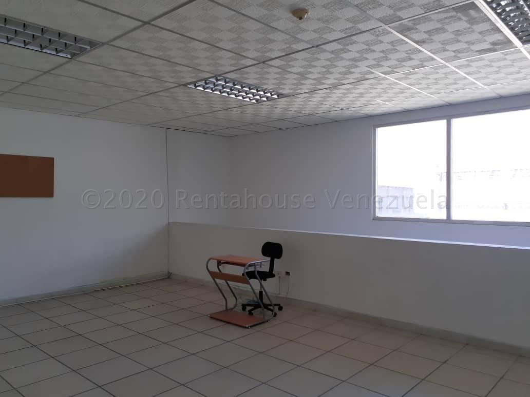 Local Comercial Carabobo>Municipio San Diego>Castillito - Alquiler:350 Precio Referencial - codigo: 21-6740