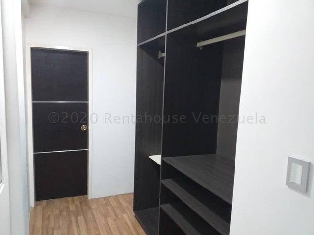 Casa Lara>Cabudare>Parroquia Cabudare - Venta:80.000 Precio Referencial - codigo: 21-6775