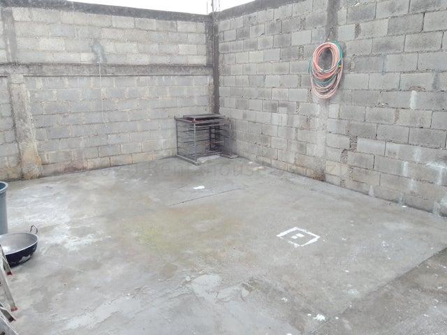 Casa Lara>Cabudare>El Placer - Venta:9.000 Precio Referencial - codigo: 21-6795