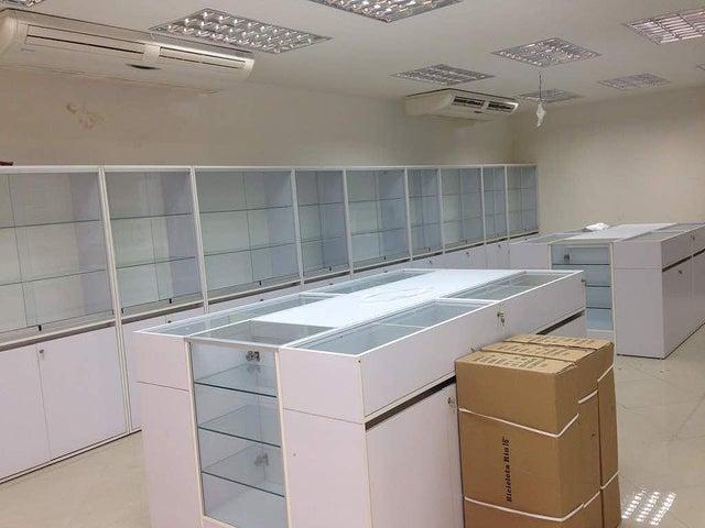 Local Comercial Lara>Barquisimeto>Centro - Venta:280.000 Precio Referencial - codigo: 21-6913