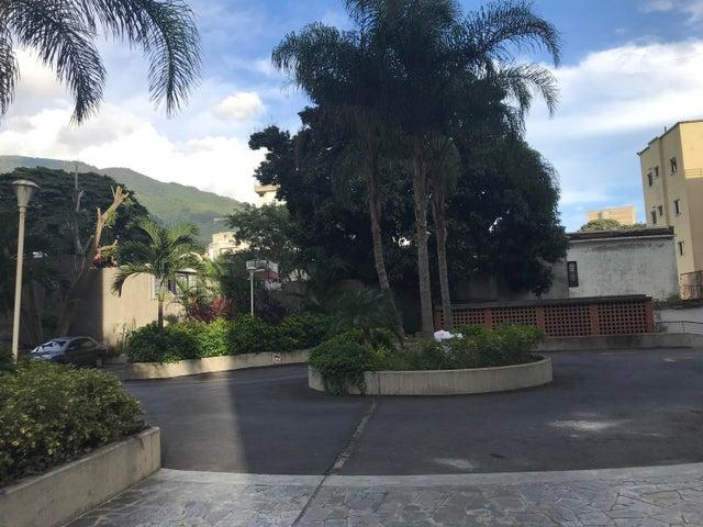 Apartamento Distrito Metropolitano>Caracas>San Bernardino - Venta:55.000 Precio Referencial - codigo: 21-6986