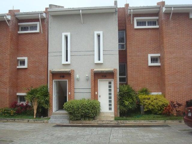Townhouse Distrito Metropolitano>Caracas>La Union - Venta:200.000 Precio Referencial - codigo: 21-6990