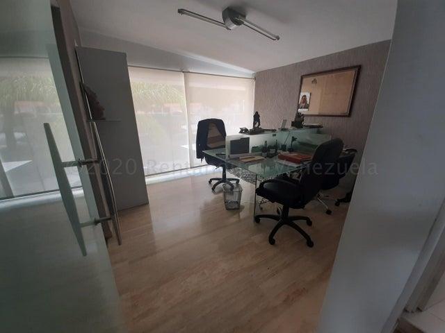 Local Comercial Distrito Metropolitano>Caracas>Chuao - Venta:3.000.000 Precio Referencial - codigo: 21-6992