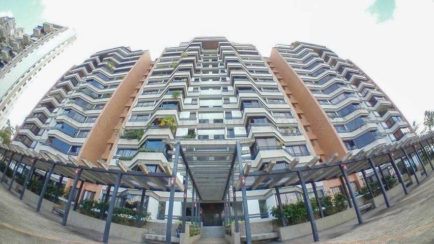 Apartamento Distrito Metropolitano>Caracas>Los Naranjos del Cafetal - Venta:120.000 Precio Referencial - codigo: 21-7080