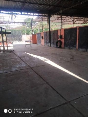 Terreno Miranda>Santa Teresa>Centro - Venta:200.000 Precio Referencial - codigo: 21-7007