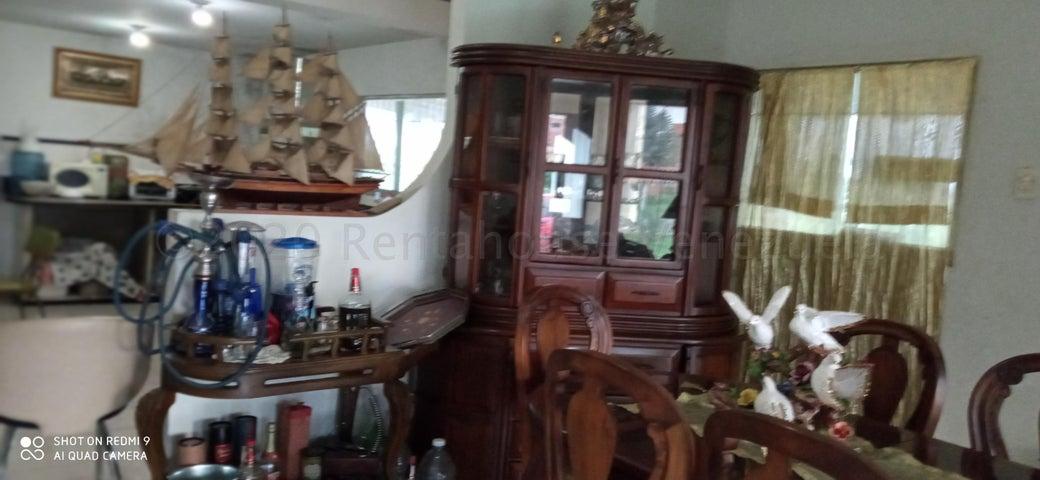 Casa Portuguesa>Acarigua>Centro - Venta:70.000 Precio Referencial - codigo: 21-7169