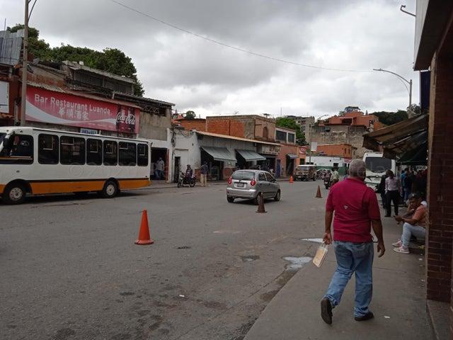 Negocios y Empresas Distrito Metropolitano>Caracas>Baruta - Venta:250.000 Precio Referencial - codigo: 21-7056