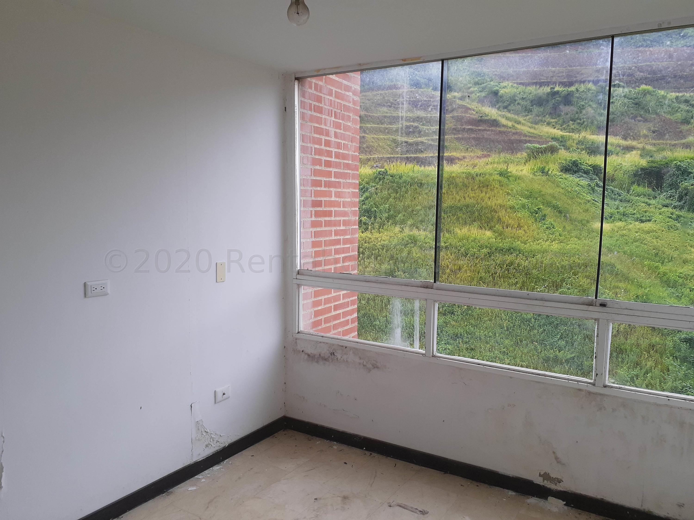 Apartamento Distrito Metropolitano>Caracas>El Encantado - Venta:45.000 Precio Referencial - codigo: 21-7058