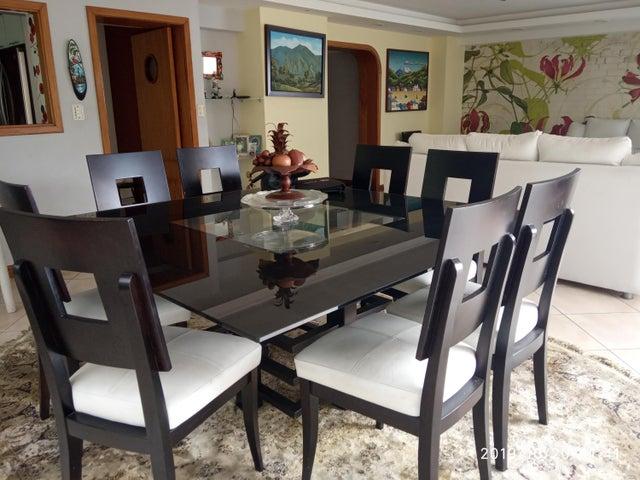 Apartamento Distrito Metropolitano>Caracas>Terrazas del Avila - Venta:190.000 Precio Referencial - codigo: 21-7078