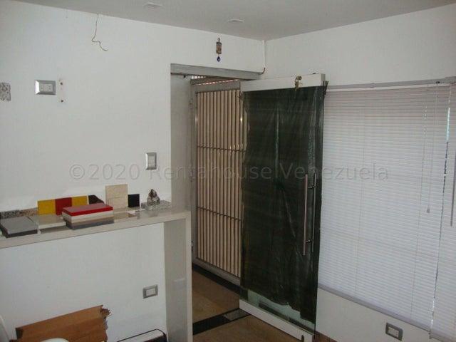 Casa Lara>Barquisimeto>Zona Este - Venta:46.000 Precio Referencial - codigo: 21-7073