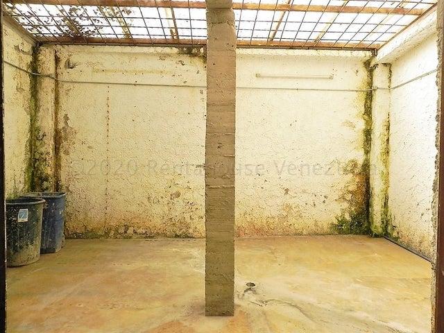 Casa Distrito Metropolitano>Caracas>El Hatillo - Venta:250.000 Precio Referencial - codigo: 21-7116