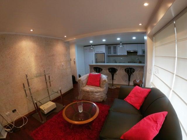 Apartamento Distrito Metropolitano>Caracas>El Rosal - Venta:65.000 Precio Referencial - codigo: 21-7113