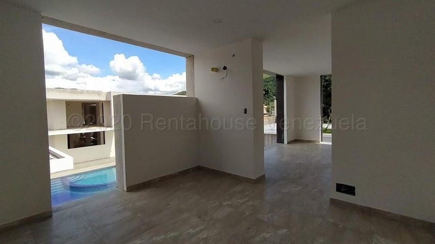 Casa Carabobo>Municipio San Diego>Las Morochas I - Venta:300.000 Precio Referencial - codigo: 21-7121