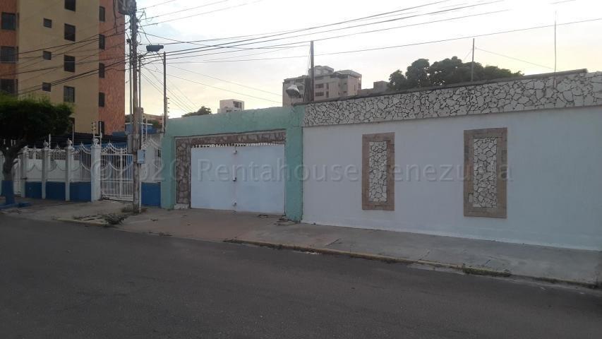 Local Comercial Zulia>Maracaibo>Tierra Negra - Alquiler:160 Precio Referencial - codigo: 21-7127
