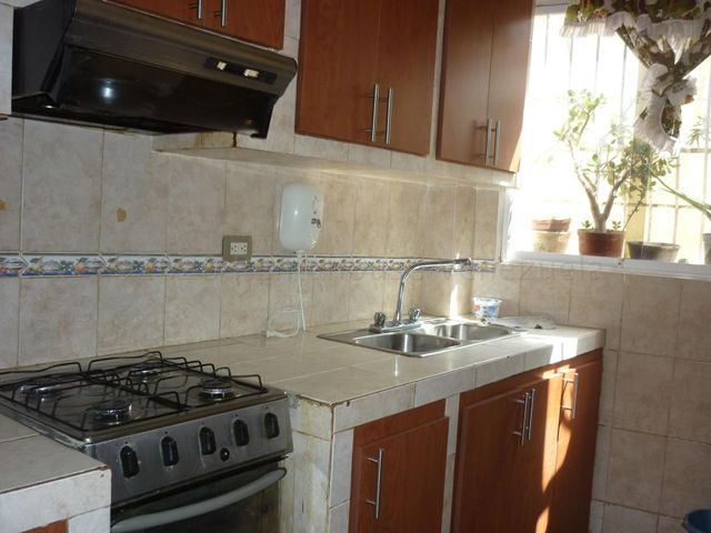 Apartamento Distrito Metropolitano>Caracas>Los Rosales - Venta:18.000 Precio Referencial - codigo: 21-7139