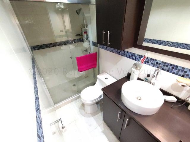 Apartamento Distrito Metropolitano>Caracas>Parroquia La Candelaria - Venta:35.000 Precio Referencial - codigo: 21-7133