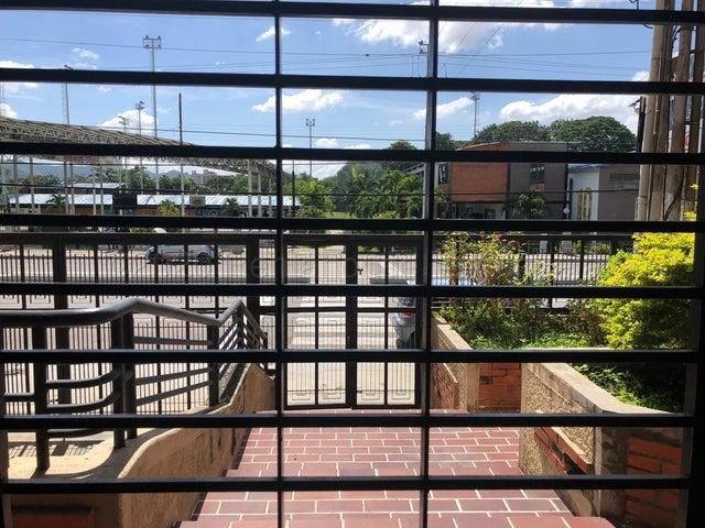 Oficina Carabobo>Municipio Naguanagua>La Granja - Venta:15.000 Precio Referencial - codigo: 21-7142