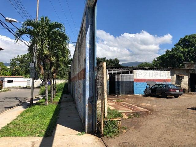 Terreno Carabobo>Municipio Naguanagua>El Guayabal - Venta:170.000 Precio Referencial - codigo: 21-7145