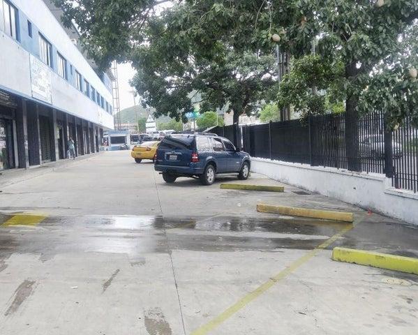 Oficina Carabobo>Municipio San Diego>Castillito - Alquiler:80 Precio Referencial - codigo: 21-7154