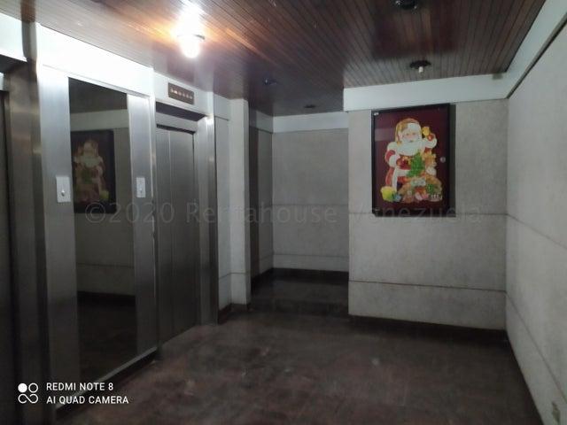 Apartamento Distrito Metropolitano>Caracas>Sebucan - Venta:80.000 Precio Referencial - codigo: 21-7679