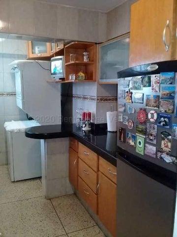 Apartamento Distrito Metropolitano>Caracas>Parroquia La Candelaria - Venta:36.000 Precio Referencial - codigo: 21-7157