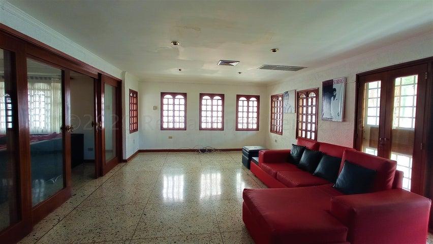 Casa Zulia>Maracaibo>Irama - Venta:39.000 Precio Referencial - codigo: 20-9431