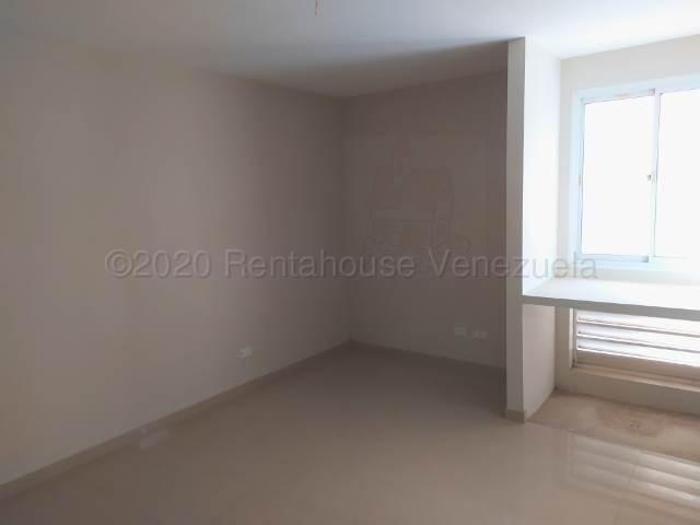 Apartamento Lara>Barquisimeto>Zona Este - Venta:20.500 Precio Referencial - codigo: 21-7146