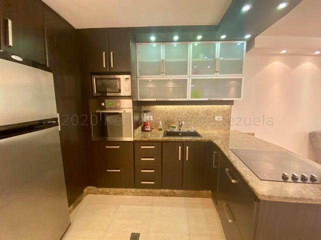 Apartamento Distrito Metropolitano>Caracas>Los Naranjos Humboldt - Venta:45.000 Precio Referencial - codigo: 21-7168