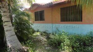Casa Miranda>Higuerote>Estancia Mar - Venta:12.000 Precio Referencial - codigo: 21-7173