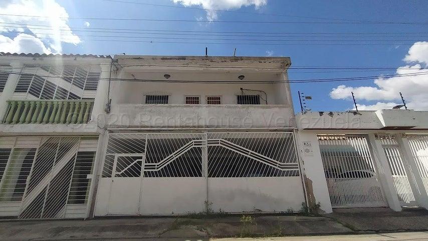 Casa Carabobo>Municipio San Diego>Monteserino - Venta:30.000 Precio Referencial - codigo: 21-7170